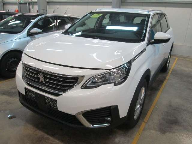 PEUGEOT 5008 BLUEHDI 130CV EAT8 BUSINESS PACK